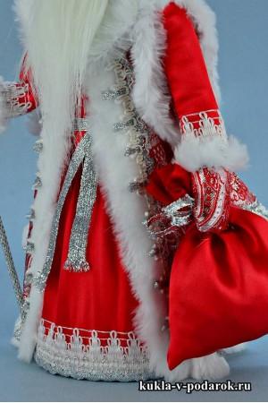 Фото Дед Мороз под елку русская кукла из сказки