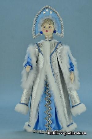 фото красивая Снегурочка в белом с голубым наряде