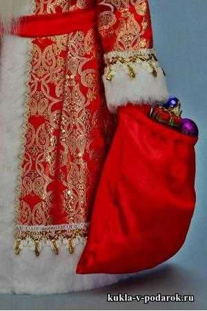 Фото Дед Мороз в красном с золотом костюме