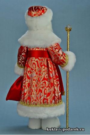 Фото кукла Дед Мороз в красной шубе