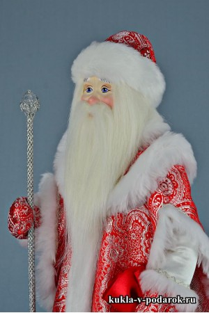 Фото Дедушка Мороз с бородой посохом и мешком