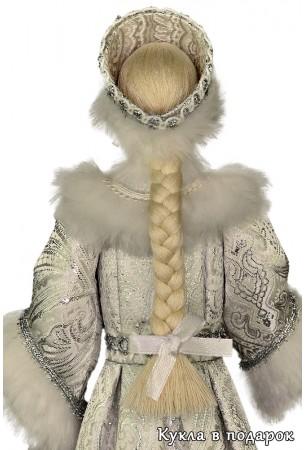 Кукла из сказки Снегурочка с косой и бантиком