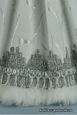 фото детали одежды куклы Снегурочка