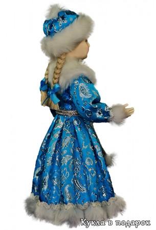 Снегурочка девочка с двумя косами