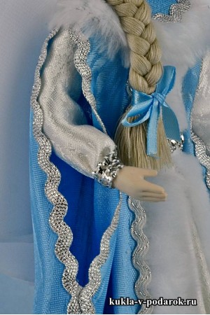 Фото кукла Снегурочка детали одежды и отделки