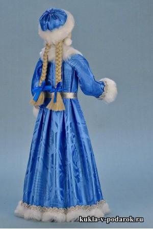 фото новогодняя Снегурочка кукла с двум косами
