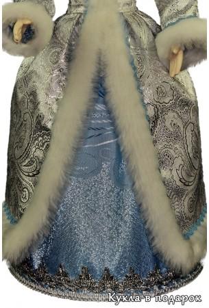 Снегурочка внучка детали отделки белой с голубым одежды