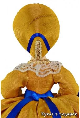 Кукла на чайник в головном уборе чепец