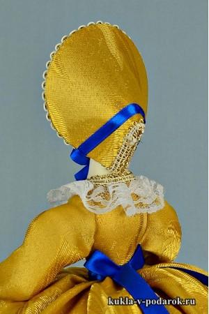 фото кукла на чайник в шляпке
