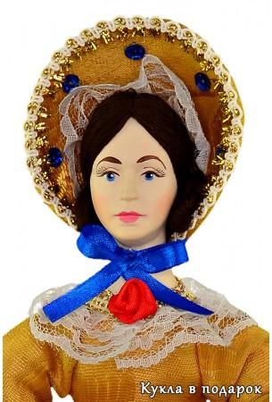 Красивая кукла на чайник с фарфоровой головой
