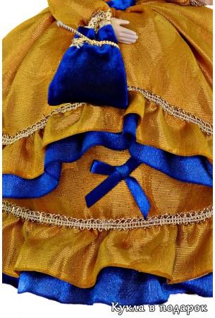 Ткань платья и детали одежды куклы на чайник
