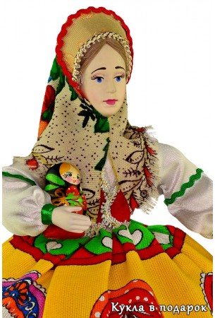 Красивая кукла грелка на чайник Матрешка