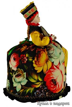 Кукла грелка в цветах росписи Жостово