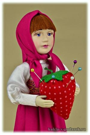 Красивая кукла игольница Маша