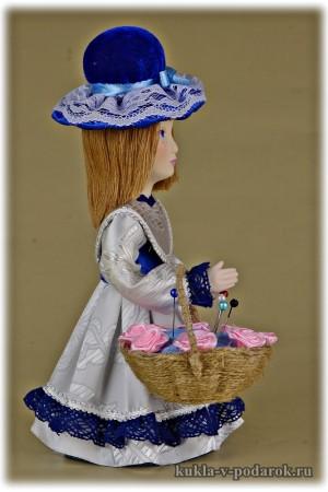 Кукла игольница в шляпе и с корзинкой