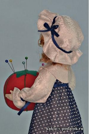 Кукла игольница с бантиком