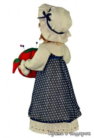 Кукла красивая игольница в платье горошком