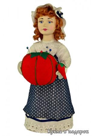 Рыженькая куколка игольница