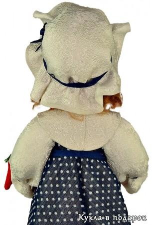 Кукла игольница вид со спины