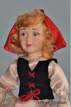 Рыжая Красная Шапочка сувенир из сказки