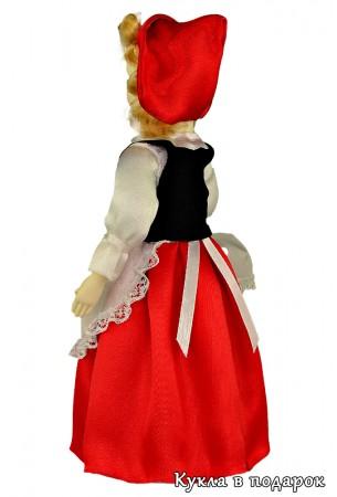 Красивая Красная Шапочка сувенир из Москвы