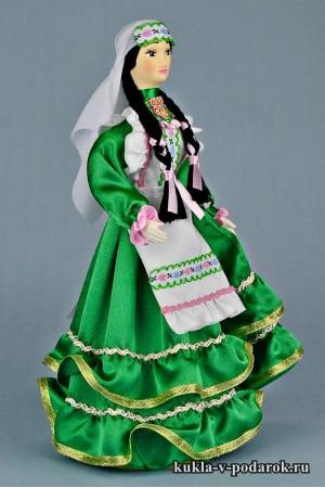 фото татарская кукла в зеленом платье