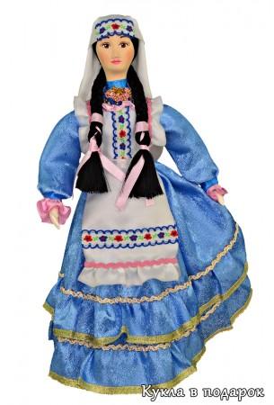 Голубое платье на кукле татарке