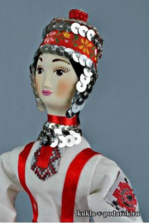 Чувашская кукла на голове тухья и хушпу