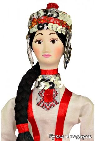 Кукла в чувашской национальной одежде