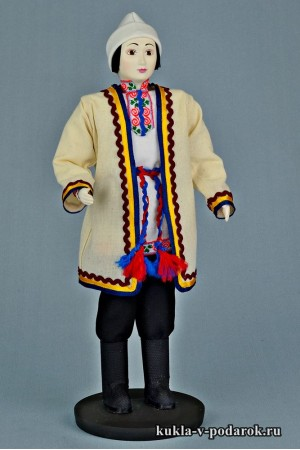 Мариец в национальном костюме кукла в подарок