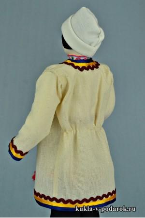 Мариец в национальном костюме готовая работа