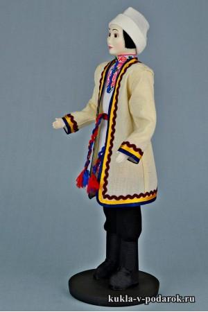 Мариец в национальном костюме кукла ручной работы