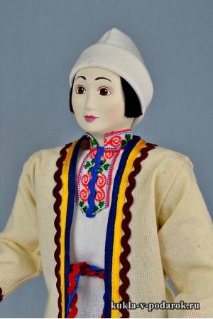 Мариец в национальном костюме марийский подарок