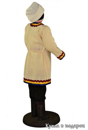 Отделка и украшение узорами марийской одежды