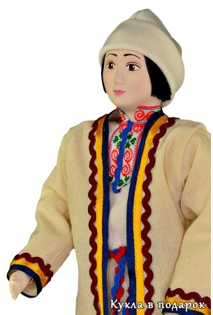Подарок из Москвы национальная марийская кукла