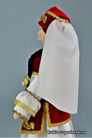 кукла в татарском костюме из фарфора