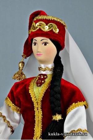 кукла в татарском костюме сувенир из Москвы