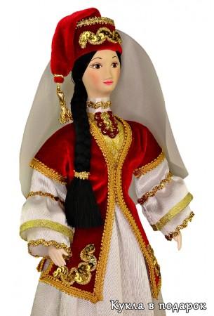 Калфак татарский головной убор на голове куклы