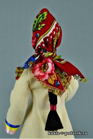 Марийская кукла с косой и в платке