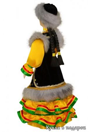 Красивая кукла башкирская женщина