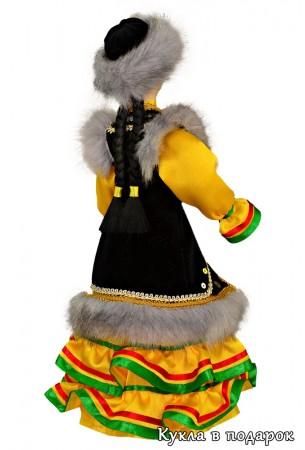 Недорогой башкирский сувенир кукла в подарок