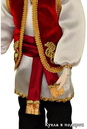 Одежда татарина с национальной вышивкой