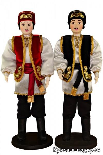 Татарин в национальном костюме