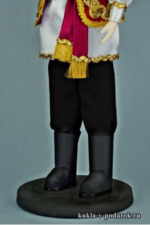 Татарин в национальном костюме рукодельная кукла