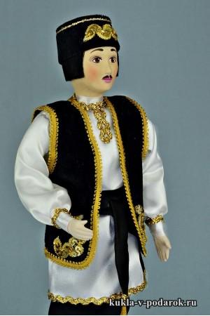 Татарин в национальном костюме кукла ручной работы
