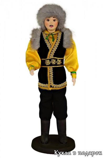 Башкир в национальном костюме