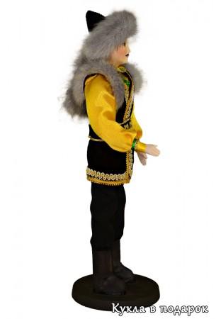 Кукла ручной работы в башкирском костюме