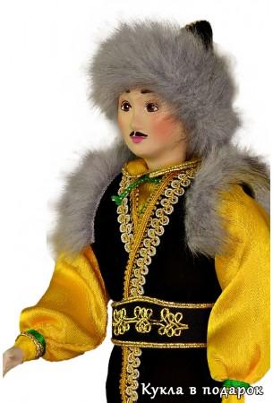 Кукла оренбургский башкир в народном костюме