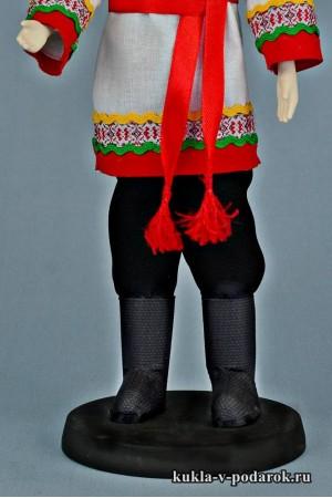 Чуваш в национальном костюме кукла в народном стиле