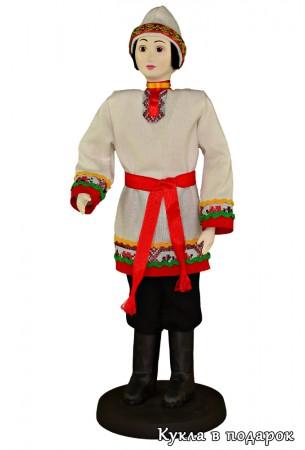 Чуваш в национальном костюме кукла
